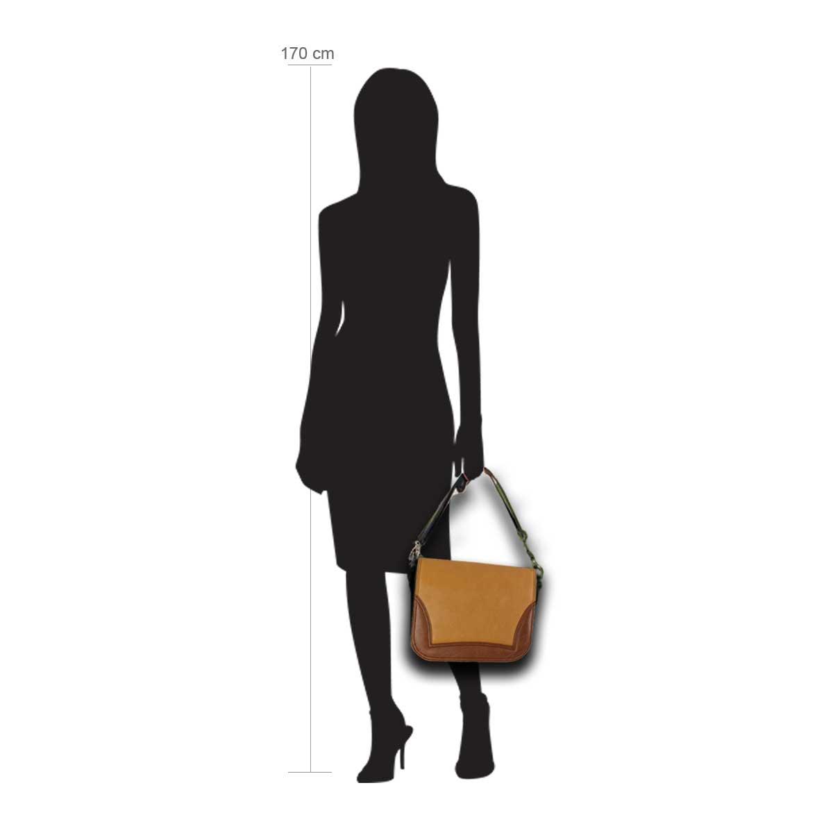 Modellpuppe 170 cm groß zeigt die Handtaschengröße an der Person Modell:Havanna